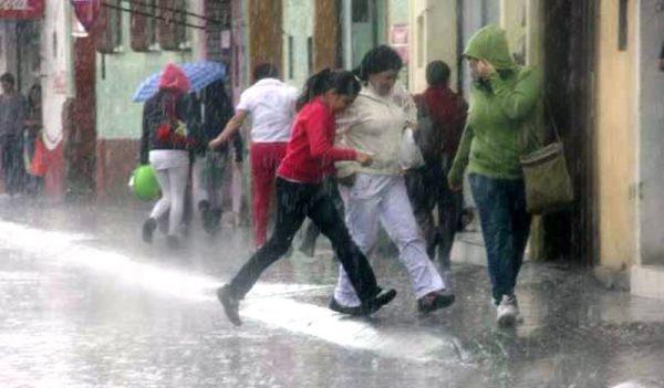 Reporta CEPCO 3 personas muertas por lluvias en Oaxaca