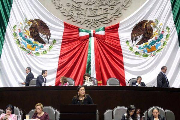 Karina Barón exhorta cumplimiento de indemnización  a indígenas chinantecos
