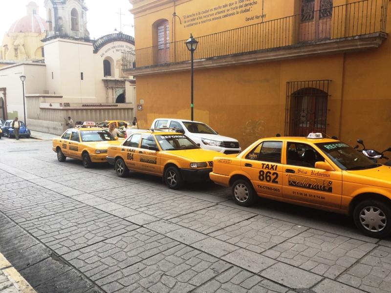 Taxistas del CATCEO paran labores, piden alto al pirataje