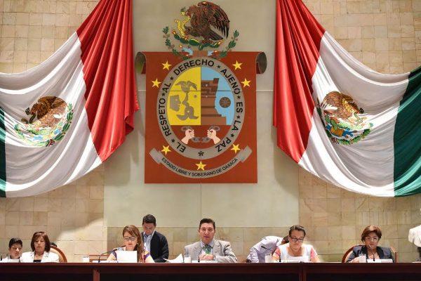 Sin efecto multa impuesta a legisladores; Cumple Congreso en tiempo y forma