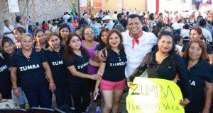 Se reúne el Diputado Samuel Gurrión con mujeres de la Mixteca