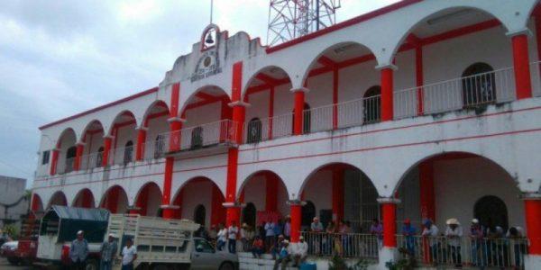 Frente Único de Pueblos Chinantecos, pide destitución del Presidente de Ojitlán