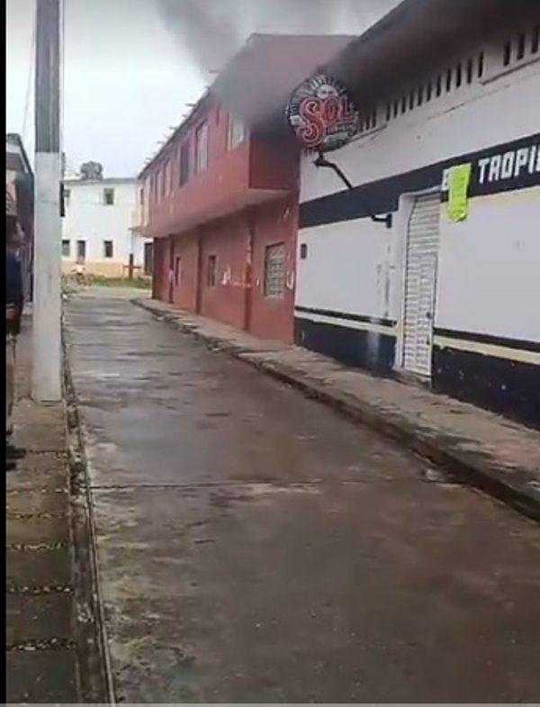 Se incendia bar de Loma Bonita