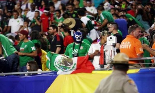 FIFA multa a México por décima ocasión por grito homofóbico