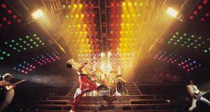 Siri canta 'Bohemian Rhapsody' como Freddie Mercury
