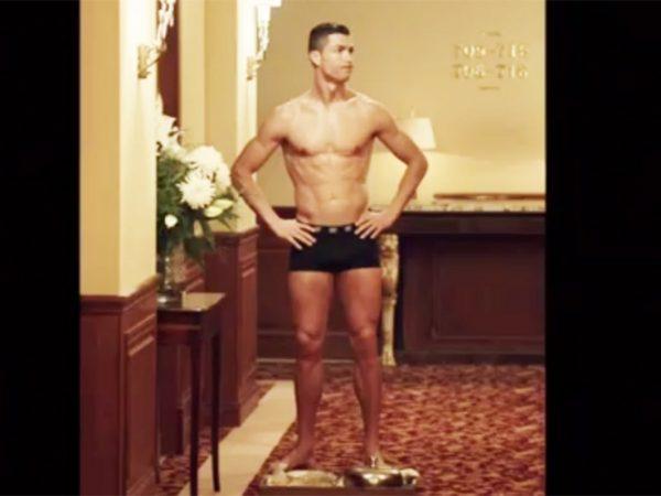 Cristiano y su viral accidente en ropa interior