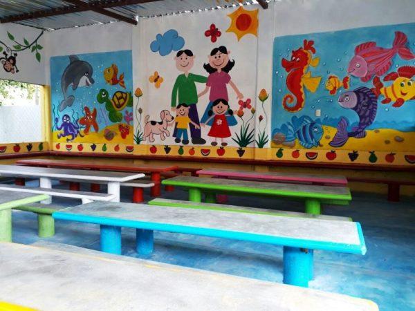 Jardín de niños Ovidio Decroly  estrena comedor en Valle Nacional