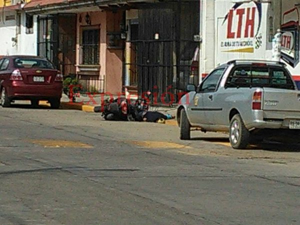 Motociclista ejecutado, atrás de la Secundaria Federal