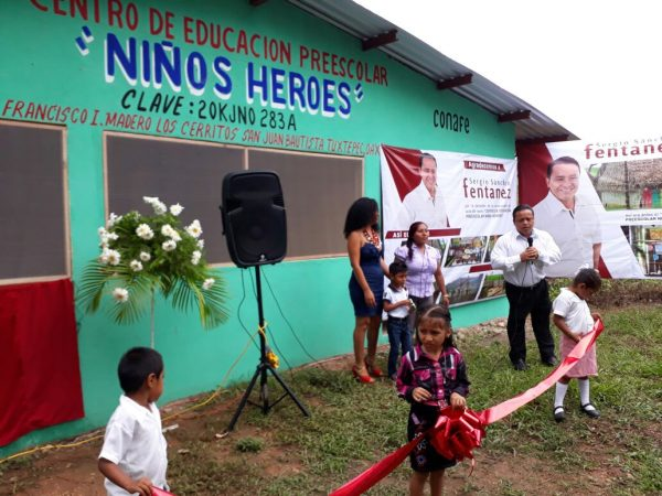Sergio Fentanez inaugura obra de beneficio para niños