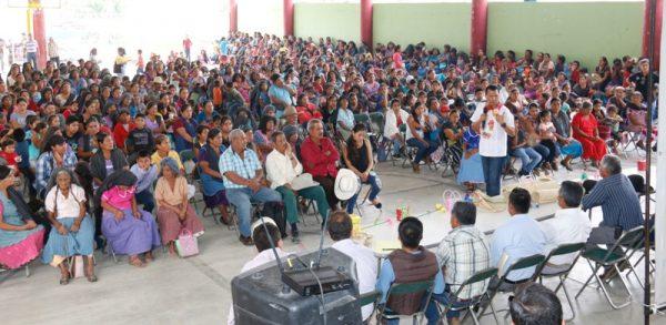 Acuerda Dip. Local Samuel Gurrión, agenda de trabajo con pobladores del Distrito de Ejutla