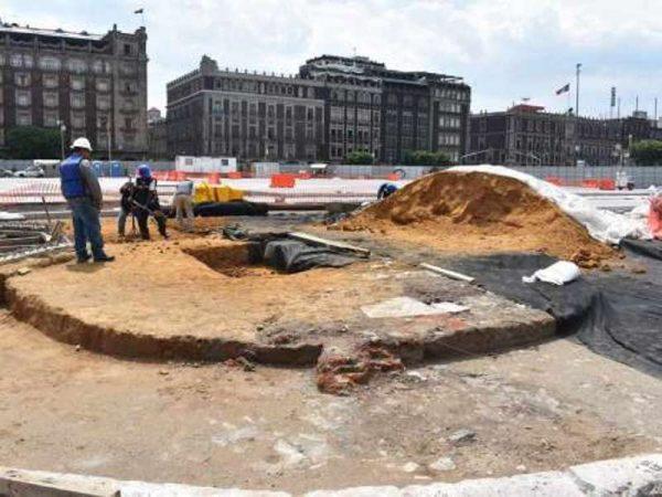 Protegen vestigios hallados en Zócalo capitalino