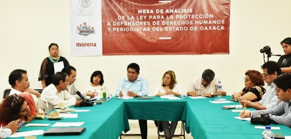 Diputados de Morena convocan a periodistas para construir marco jurídico