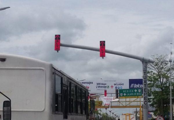 Ayuntamiento de Tuxtepec sin recibir obra de instalación de semáforos