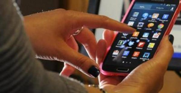 Inicia revisión de dispositivos electrónicos en vuelos hacia EU
