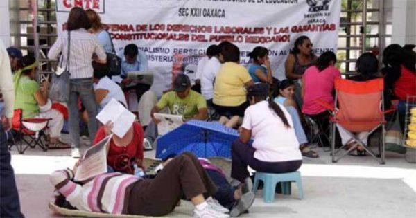 Auditoría de la SEP detecta 44 mil 76 plazas docentes irregulares