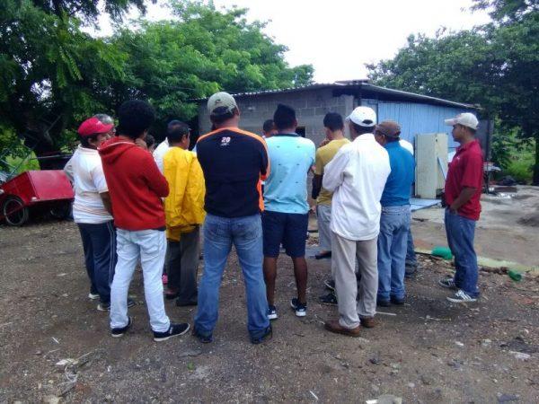 "Habitantes de colonia ""El Pedregal"" toman pozo de agua"