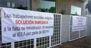 Trabajadores del IEEA, levantan Plantón.