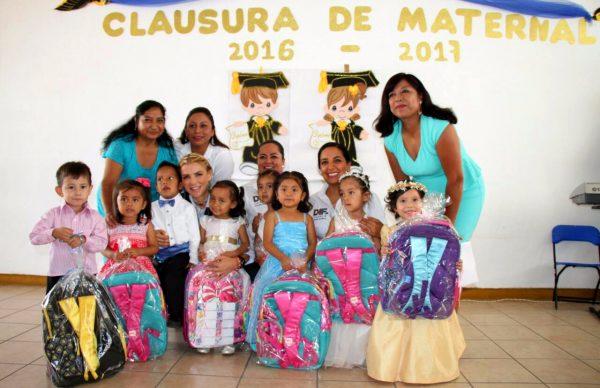 Ivette Morán asiste a graduación de los Centros de Asistencia Infantil Comunitario