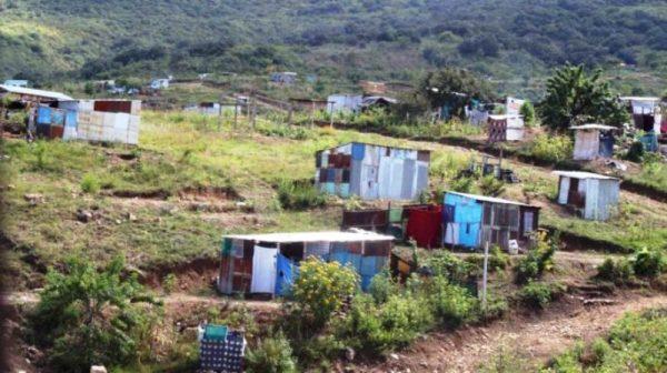Busca Ayuntamiento de Tuxtepec dar certeza jurídica al patrimonio de 111 familias