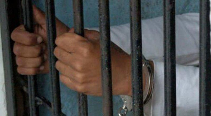 Logra FGEO aprehensión de probable partícipe en el homicidio de adolescente de 15 años, en la Central de Abasto