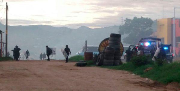Enfrentamiento en la capital oaxaqueña, deja un herido de bala