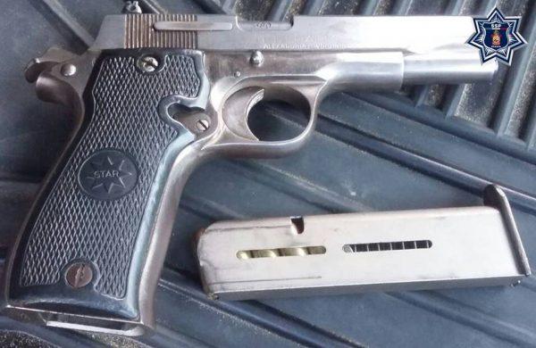 Detenido sujeto que portaba pistola calibre 380 sin licencia