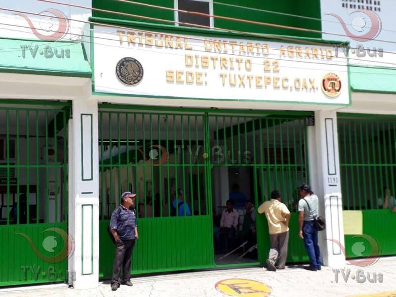 CODECI toma instalaciones del Tribunal Agrario, exigen titulos de bienes comunales