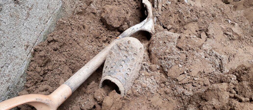 Trabajador muere en derrumbe de tierra en Tuxtepec