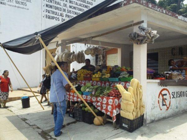 Ayuntamiento da seguimiento a expediente de ambulantes desalojados para reparar el daño