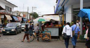 Reconoce nuevo Director de Comercio incremento en número de puestos ambulantes