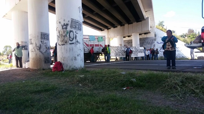 Bloqueada la autopista en Nochixtlán
