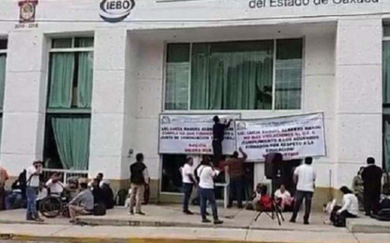 Toman oficinas centrales del IEBO en Oaxaca