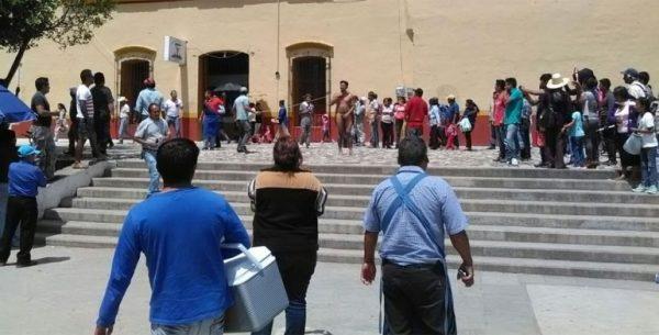 Individuo que desnudaron en Tlaxiaco, es acusado de violación en Veracruz