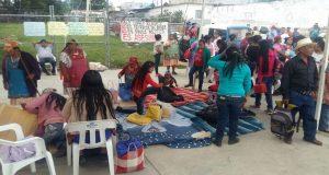 """Comuneros exigen con plantón que """"preso político"""" siga en la cárcel"""