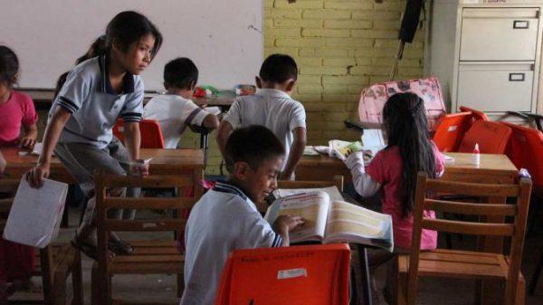 El lunes, todos a clases en Oaxaca; acuerda CNTE inicio de ciclo escolar
