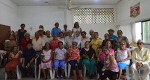 Adultos mayores reconocen trato ejemplar del presidente municipal y la presidenta DIF