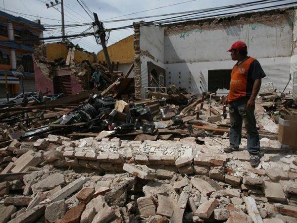 Reportan 3,400 réplicas del sismo registrado el 7 de septiembre