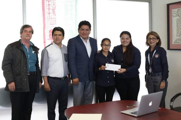 Irineo Molina comprometido con la educación respalda a estudiantes del ITO