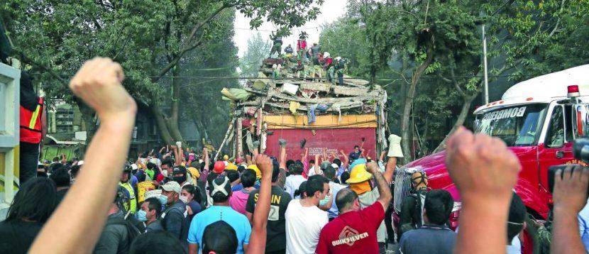 Voluntarios le ganan el paso al gobierno ante emergencia