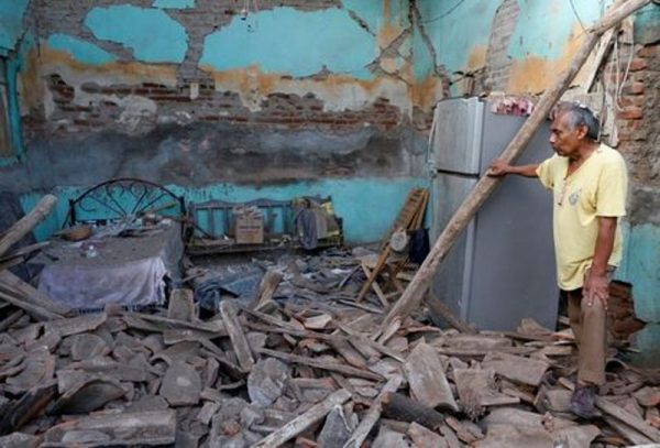 Denuncian abusos de la CFE tras el sismo en Oaxaca