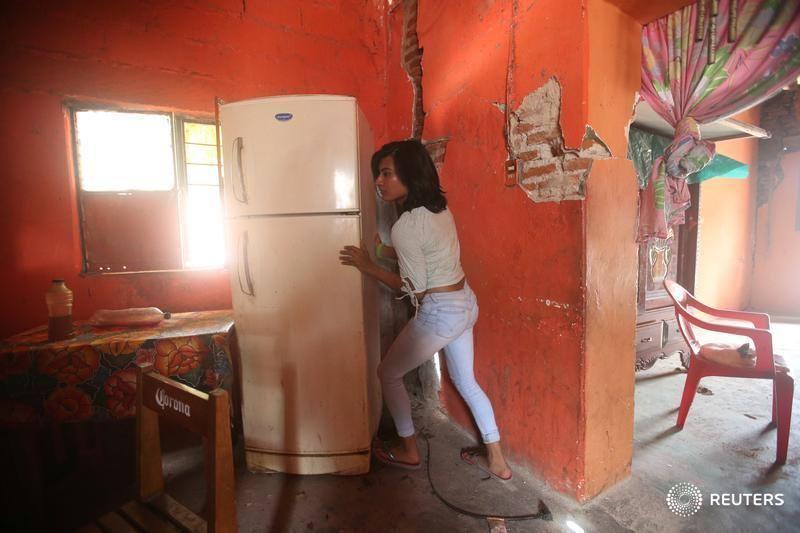 Juchitán, mujeres y muxes se hacen cargo tras el terremoto