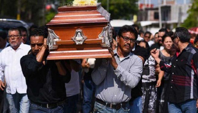 Suman 98 los muertos por el sismo: Peña Nieto