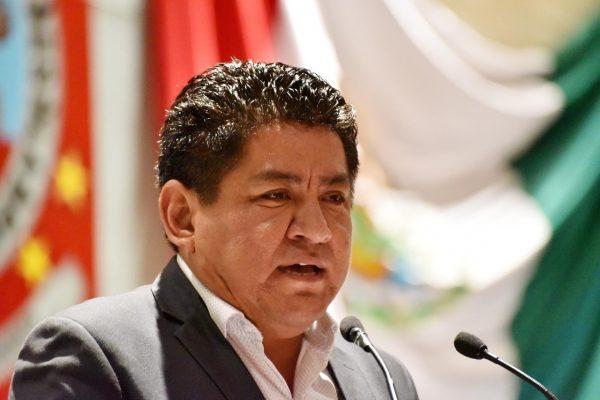 Lamenta Irineo Molina postura del PRI de no asistir a sesión para abordar conflicto de salud en Oaxaca