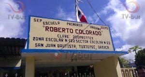 Alumnos de la Roberto Colorado regresan a clases, tras demolición
