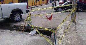 Alcantarilla de Guerrero y Carranza sin ser atendida por ayuntamiento