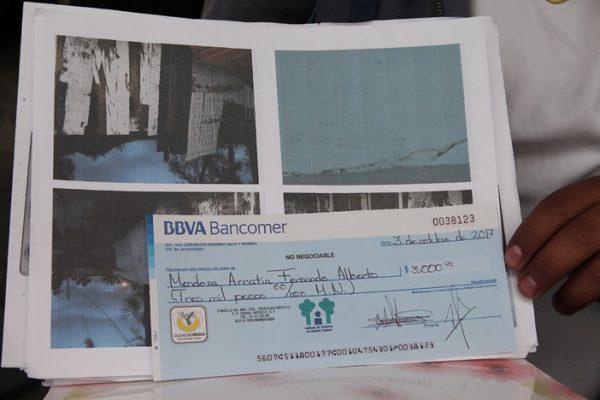 Falsos damnificados devuelven cuatro cheques de apoyo para renta