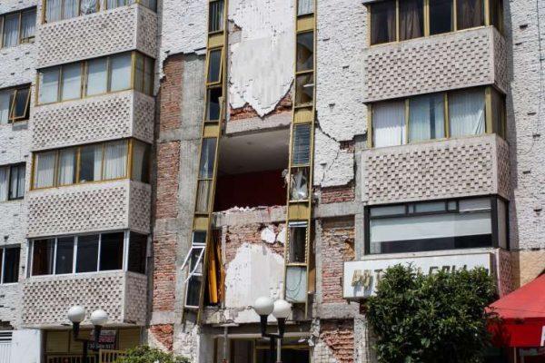 Demolerán más de mil edificios dañados en la Ciudad de México
