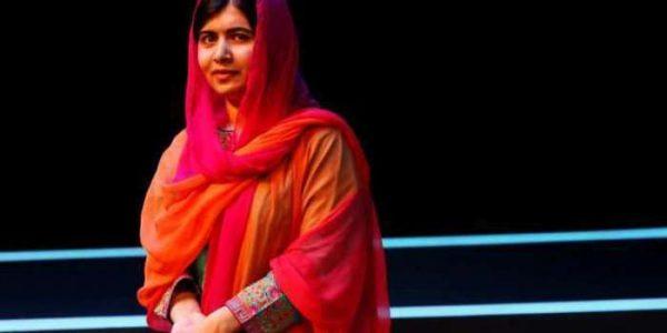 Malala, acosada en internet por vestir jeans y tacones