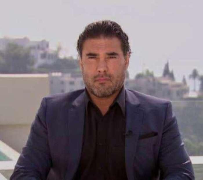 Eduardo Yáñez, entre lágrimas, pide disculpas por cachetada a reportero