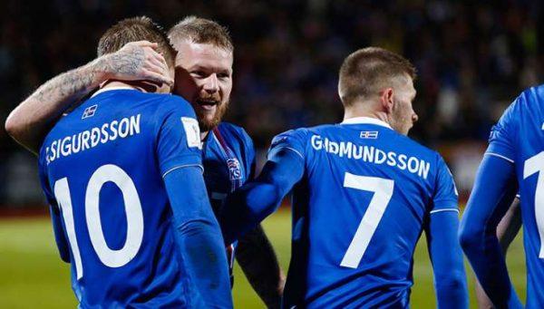 Islandia, clasifica a su primer mundial
